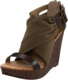 Kenneth Cole REACTION Women's Caught Live Platform Sandal