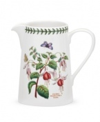 A must-have for discerning china collectors and true nature lovers, the Botanic Garden jug by Portmeirion features a variety of botanicals in rich, beautiful hues with true-to-life detail. A triple-leaf border puts the finishing touches on the classic design.