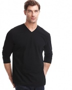 Long sleeve vneck tee with ribbed detail on side seams.