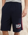 Challenge on the court or cruise around off it in style with these athletic shorts from Tommy Hilfiger.