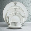 Vera Wang, in collaboration with Wedgwood, has designed a tableware collection full of understated elegance, classic beauty that embraces the ultra chic, sophisticated style that Vera is known for. Imperial Scroll features a graceful platinum scroll adornment that brings to mind ancient royal artwork.