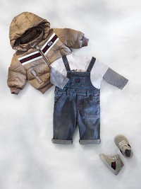 Classic, medium-washed, stretchy denim overalls with adjustable straps and chest pocket with interlocking G embroidery.Adjustable button strapsChest patch pocketSide button closuresWaistband with belt loopsFront angled pockets96% cotton/4% elastaneDry cleanMade in Italy