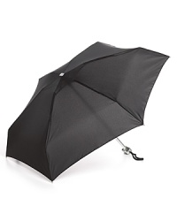 Capable of withstanding winds of up to 60 mph, there's never any need to worry about this Bloomingdale's umbrella flipping out on you.
