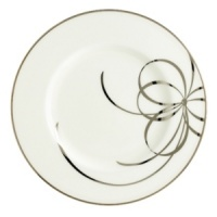 There's no classier canvas for your favorite recipes than the kate spade Belle Boulevard dinnerware collection. Featuring a distinctive platinum band and whimsical bow design on the finest white china, its easy sophistication makes every meal a work of art.
