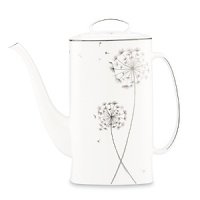 Recall the childhood pastime of wishing on a dandelion with kate spade new york's Dandy Lane collection. Accented with fluffy flowers and floating spores, this coffee pot is sophisticated, unique and full of whimsy.