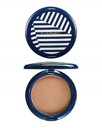 Combining comfort, flawless sheer-low transparent coverage and long wear, this is bronze with a fully dimensional yet natural finish. Comes in a nautical blue and white striped compact. Limited edition.