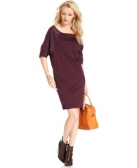 In a relaxed shape, this RACHEL Rachel Roy sheath dress is perfect for a day-to-night downtown look -- pair it with booties!